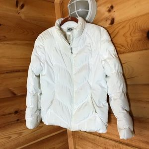 WHITE PUFFER STYLE WINTER ZIP UP JACKET